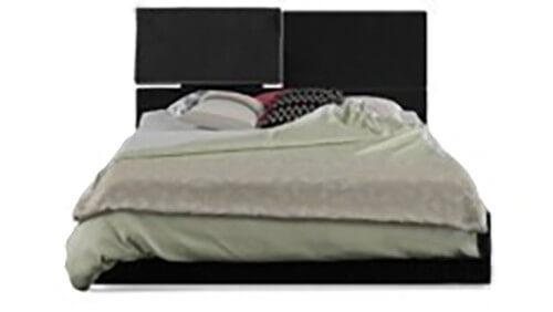 Черные кровати
